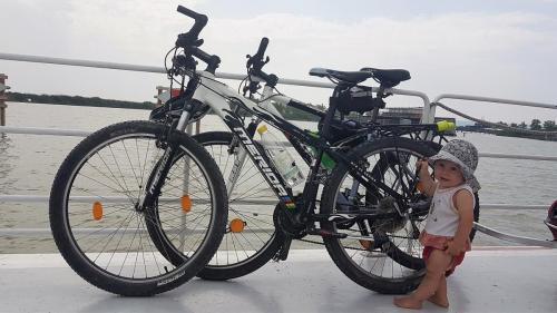 Výlet na kolech v kombinaci s lodičkcou z Illmitzu